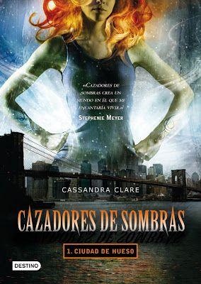 Reseña 'Cazadores de Sombras: Ciudad de Hueso' de Cassandra Clare | Blog Divergente | Noticias y Reseñas Literarias