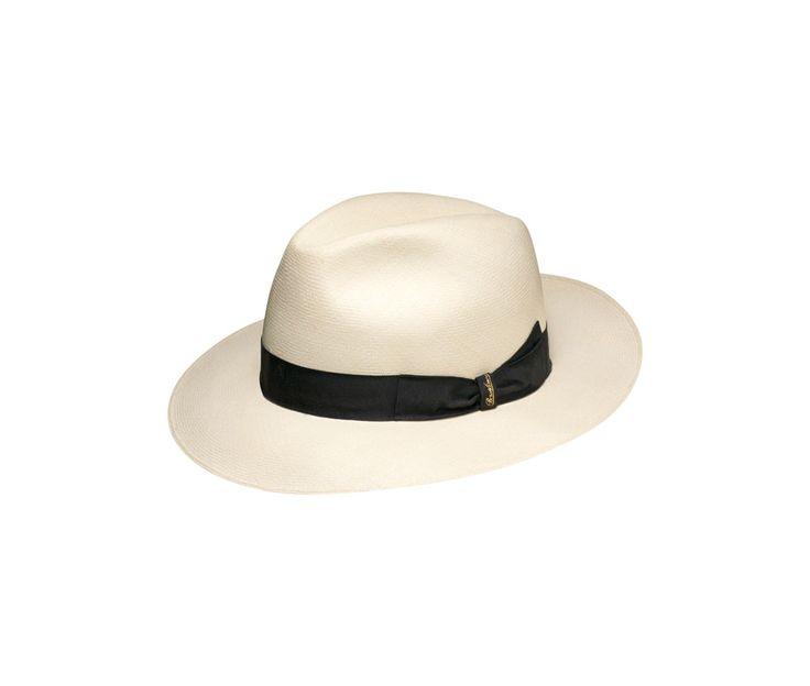 Extra-thin Montecristi Panama hat. Product code: 140283 Shop it here: http://shop.borsalino.com/en/mans-collection/springsummer/straw-hats/straw-hats-23.html