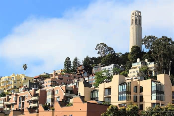 San Francisco rent: $3,400 per month now normal As usual, the largest online rental platforms have tabulated the median rent for a single-bedroom apartment on their platform over the past four weeks, revealing a mostly expected spate of variations. Note: These figures consist in part or in some cases ...