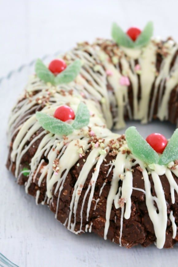 Clinkers Rocky Road Wreath.