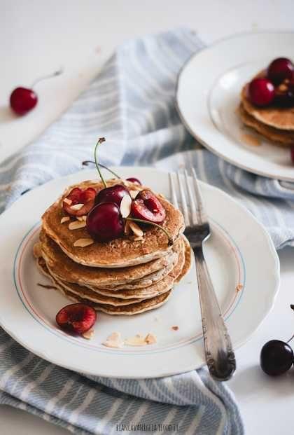 Pancake alla banana e mandorle | Vegan