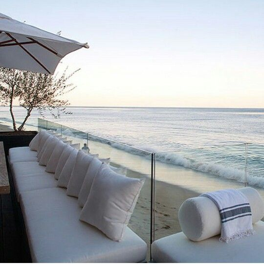 Inspiring COCOONing ideas / Outdoor living Mediterranean Ibiza style…