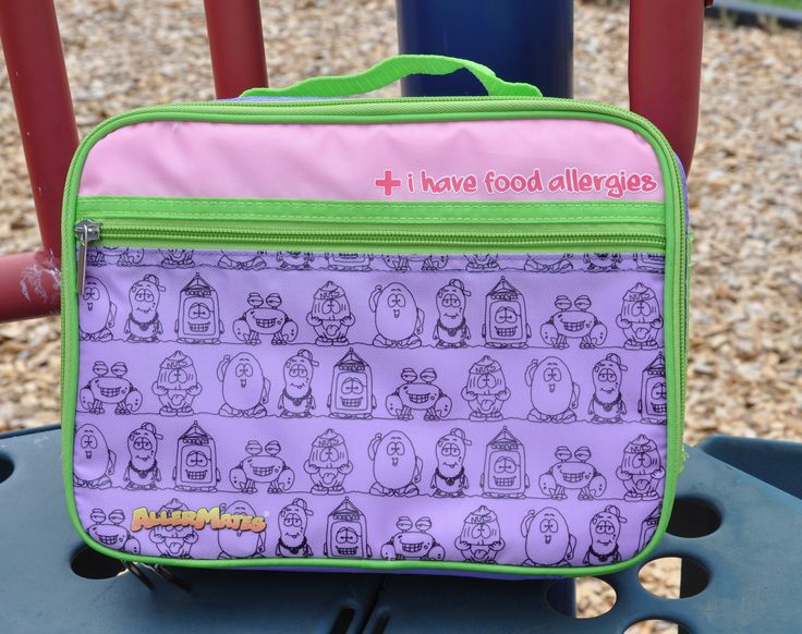 - AllerMates insulated lunch bags for kids feature a zippered pocket and mesh pouch, perfect for cleanly storing utensils or napkins. - Food is kept fresh by the insulation. - Kids with food allergies