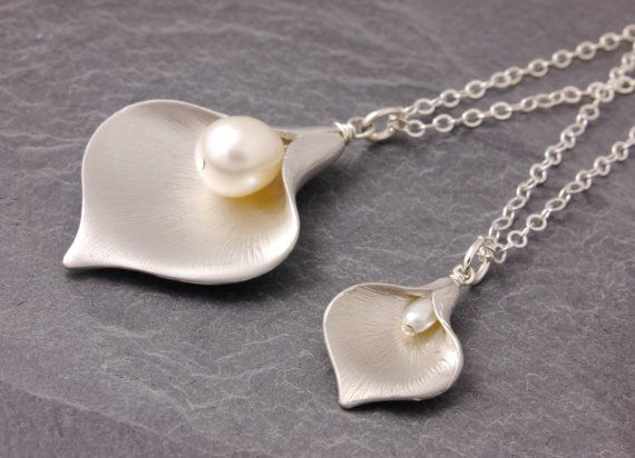 Mother Daughter Necklace calla lily necklace pair by MegusAttic