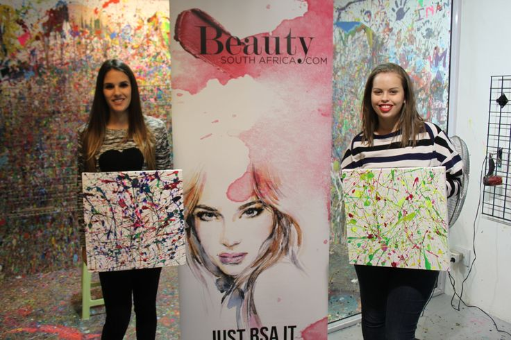 Two gorgeous splatter paintings — at Art Jamming, V&A Waterfront. #beautysouthafricas #aussieexpression