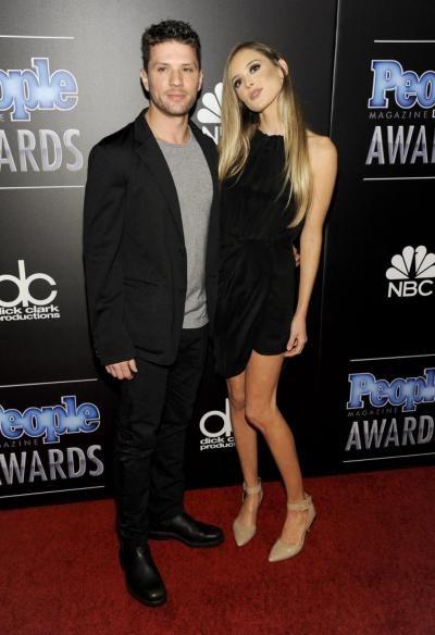 Ryan Phillippe engaged to girlfriend Paulina Slagter