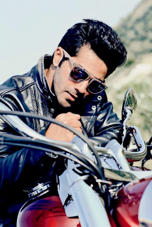 Varun Dhawan #Photoshoot #Bollywood #Fashion #Style #VarunDhawan