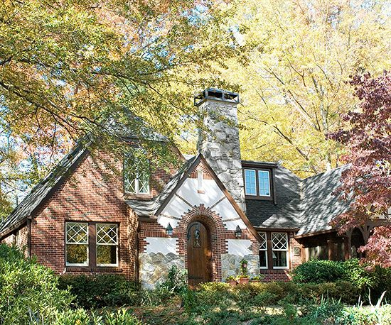 22 Best Images About House Hunt Tudor Style On Pinterest