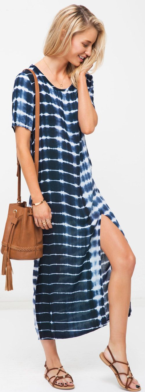 We made you a sweet summer slit. Designed in Casual style and great stretch fabric, this hot high slit dress shows your perfect shape with its tie-dyed craft and stylish design. We are so in love with this dress!