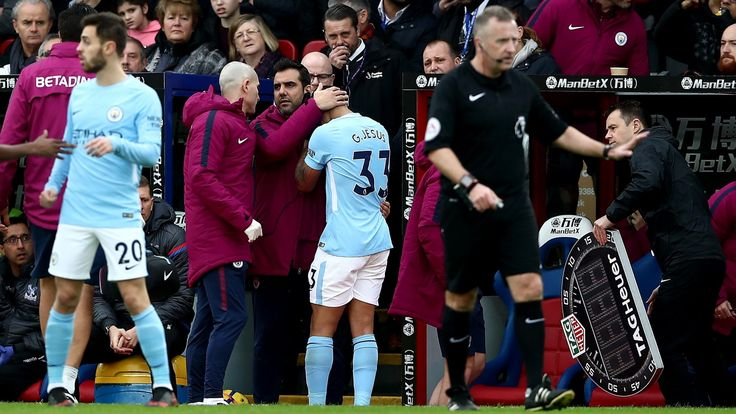 Manchester City confirm Jesus suffered knee ligament injury at Crystal Palace #News #Football #GabrielJesus #ManCity #PremierLeague