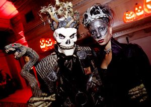Halloween: una notte da paura a Firenze http://www.firenzepuntog.com/halloween-feste-in-maschera-e-concerti-per-una-notte-da-paura/ … #halloween #firenze #clubbing #discoteca #eventi #party #maschere #horror