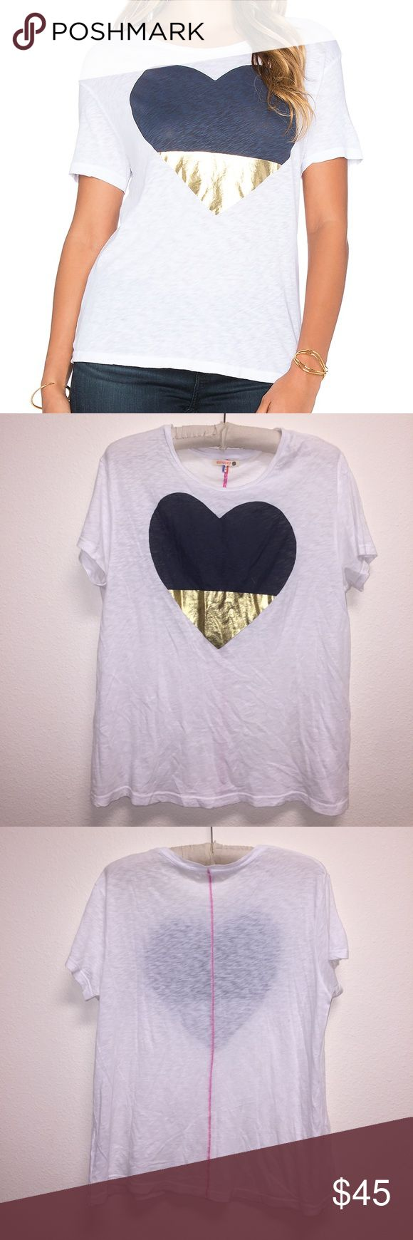 """SUNDRY Two Tone Heart Loose Crew Tee Excellent like new condition! SOLD OUT ONLINE. Says size 2, but fits as a M. Length: 25"""". Bust: 19"""". Feel free to ask any questions! No trades, or model photos sorry! Offers thru offer button only please. Items ship same day M-F if purchased before 4pm PST 😊💕.. Sundry Tops"""