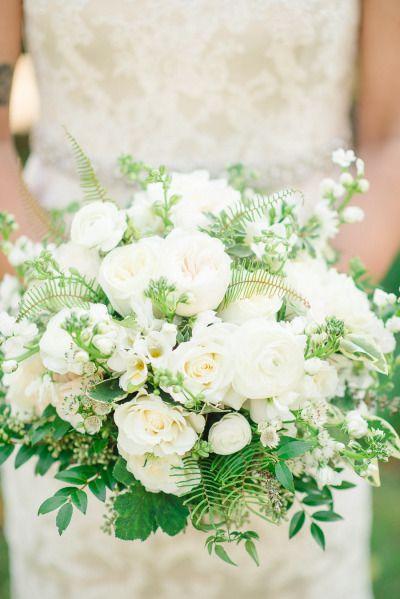 White loveliness: http://www.stylemepretty.com/2015/03/20/intimate-tent-wedding-at-welkinweir-estate/ | Photography: Rachel Pearlman - http://www.rachelpearlmanphotography.com/