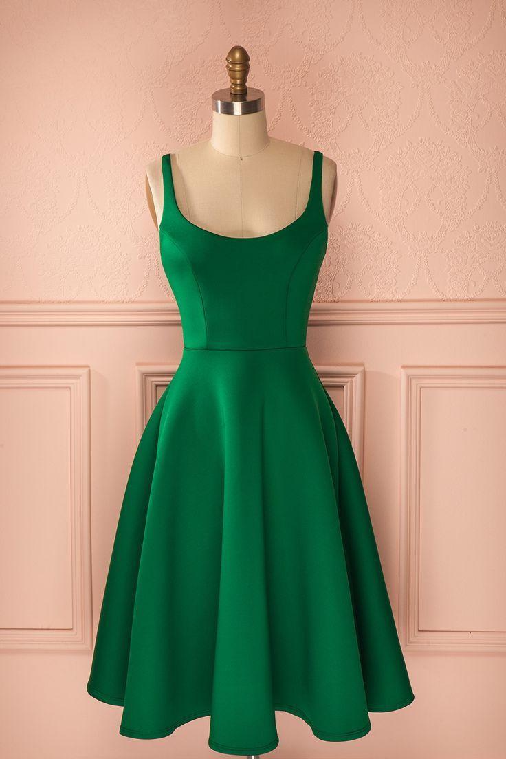 17 meilleures id es propos de robes vert meraude sur pinterest robe verte mode vert et. Black Bedroom Furniture Sets. Home Design Ideas