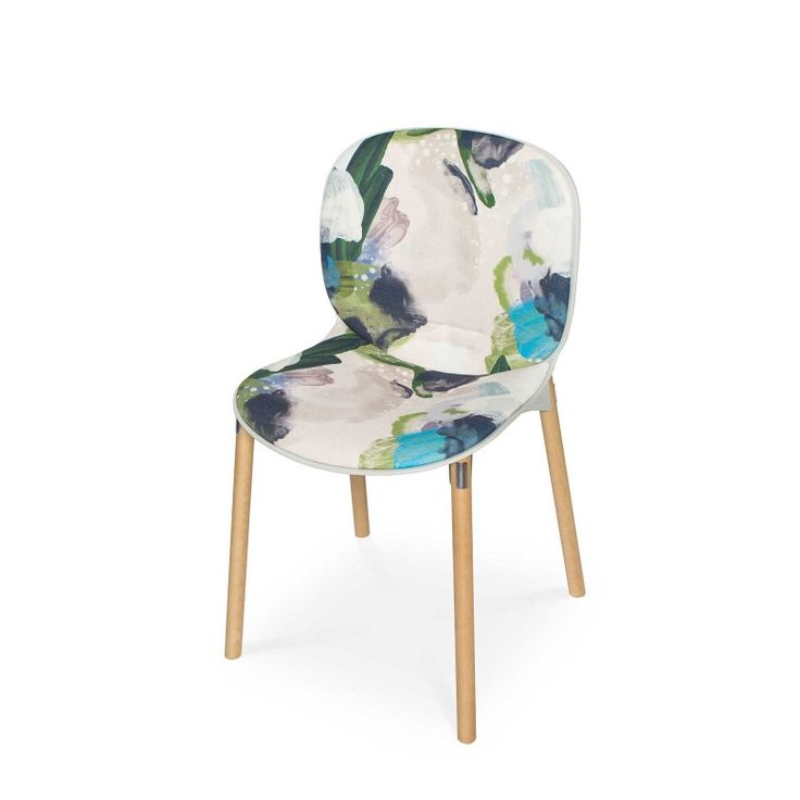 RBM Noor chair x English Rose in Forest with Grey Shell |Light wood by Reeta Ek | FEATHR™    Featuring English Rose fabric, a bold and contemporary design by Reeta Ek. Layered brushstrokes interact, creating a work of depth, intrigue and dramatic, raw emotion.  The movement of the artist's brush is retained in the paint that forms this stunning fabric.