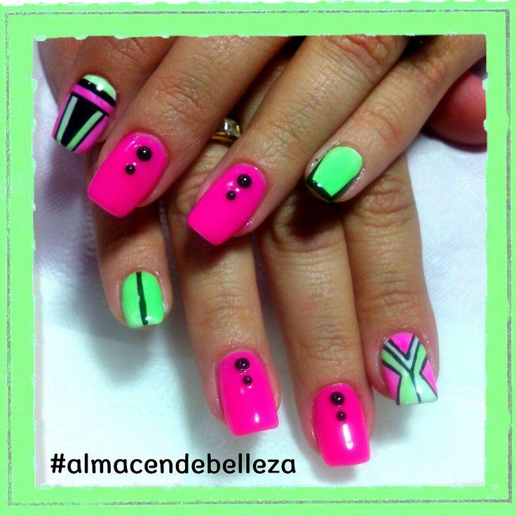 Neon nailart by Mariana Delgado