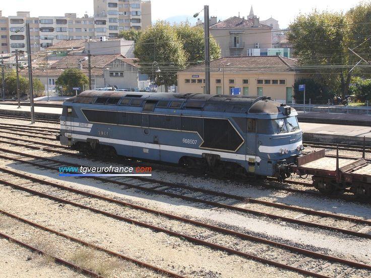 ... SNCF en images - Photos de locomotives Diesel de l'Infrastructure