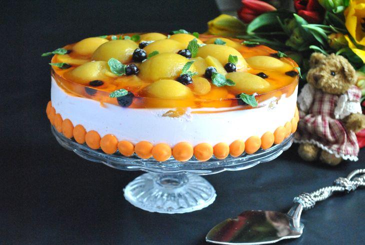 Бисквитный торт с творожным муссом и персиками рецепт с фотографиями