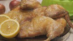 Курица в духовке. Рецепт настолько прост, а результат просто потрясает! Курица получается обалденно сочная с сухой хрустящей корочкой. Куриная грудка настолько влажная и сочная, что не верится, что эт...