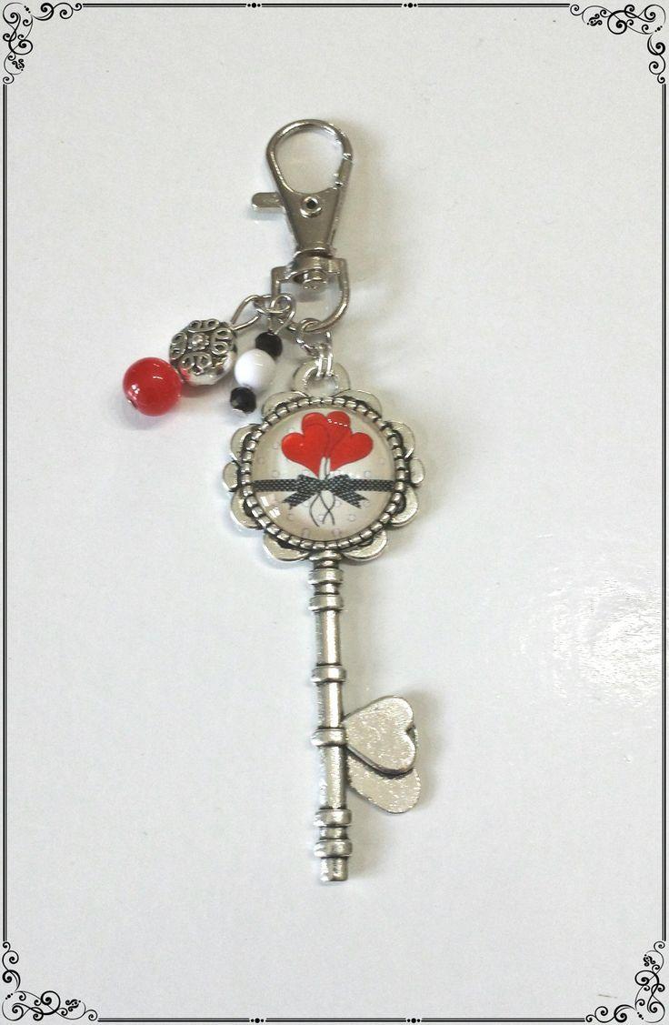 Bijoux de sac cabochon *cœurs* perles rouge blanche et noire : Autres bijoux par miss-j-adore