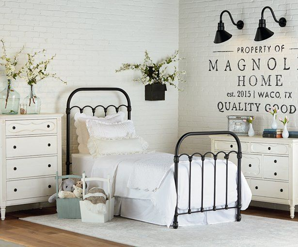 Best 25 Joanna Gaines Kids Room Ideas On Pinterest Magnolia Design Magnolia Hgtv And