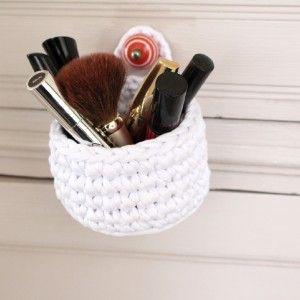Panier au crochet www;ateliernat.com Décoration & accessoires