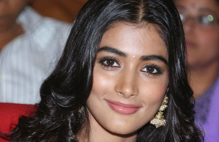 Pujahegdhe Bra Size: 74 Best Pooja Hegde Images On Pinterest