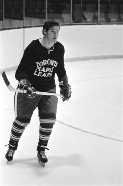 Tim Horton at a Toronto Maple Leaf practice on Oct. 9, 1969. (Frank Lennon/TORONTO STAR)