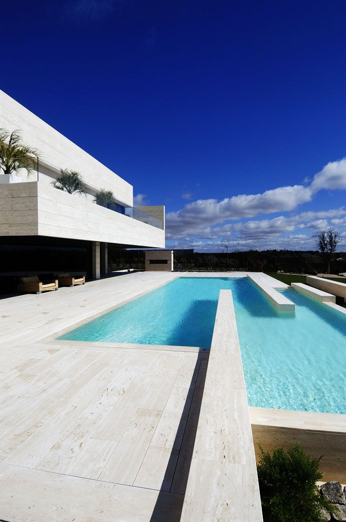 19 Housing- A Modern Architectural Residence With Overwhelming Outside Views