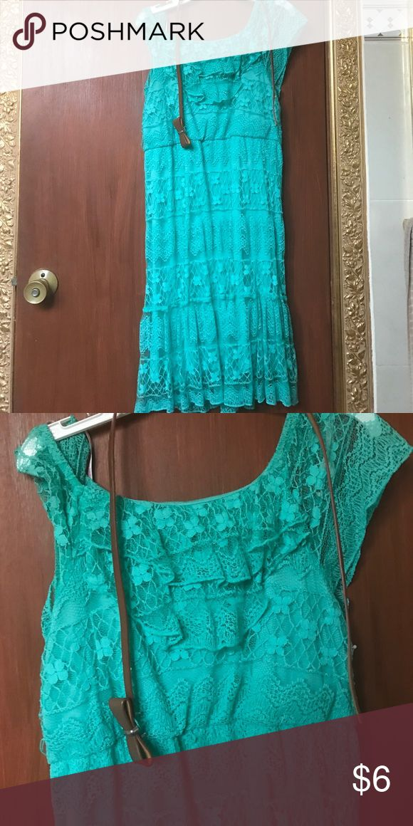 Lace Dress Perfect spring/summer dress! It also comes with a belt. Size 16 in junior/teen sizing. Posted as F21 for exposure. It is NOT from F21! Forever 21 Dresses