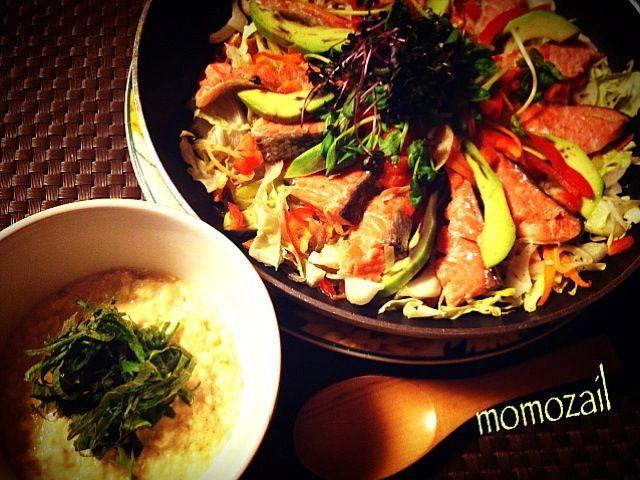 野菜もたっぷり食べれます!   生の鮭は手に入りにくい時も、焼き魚用の塩鮭で作っちゃいましょ♪ 塩分がある分、タレは甘口で  2/29はニンニクの日なんだね。4年に1度のうるう年。 今年の2月は今日まで(2/28)だね - 262件のもぐもぐ - 豆腐ピー味噌ダレの鮭ちゃんちゃん焼き by けいちゃん(ももザィル)