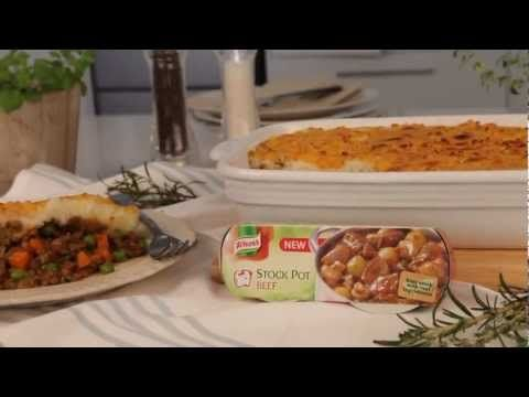 #ComfortFood Traditional Shepherds Pie, made with a handy #Knorr Beef Stock Pot. A great option for a winter family dinner! #Video