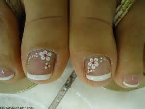 PEDICURE DESIGN