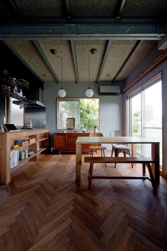 街と海が一望できるインダストリアルな家 リノベーション事例 大阪
