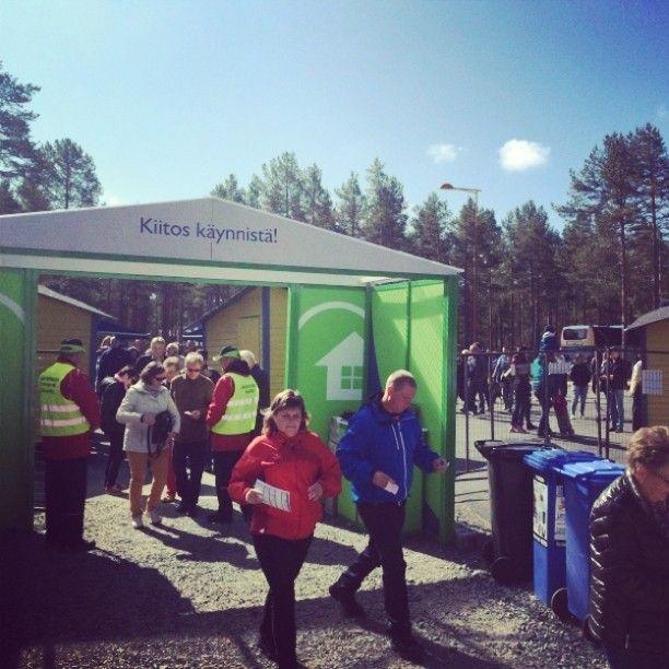 Messuväki saapuu Kalajoen Loma-asuntomessuille. :)