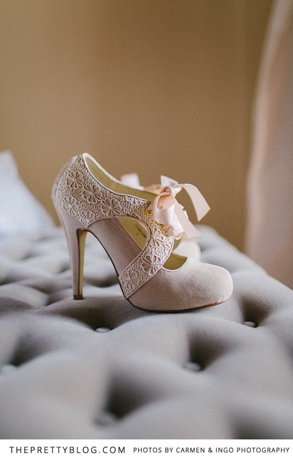 A vintage style wedding in Tuscany ~ bridal heels