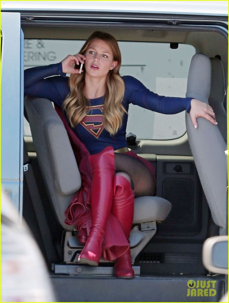 Melissa Benoist Proves Supergirl's Normal Activities Are Awesome - IGN