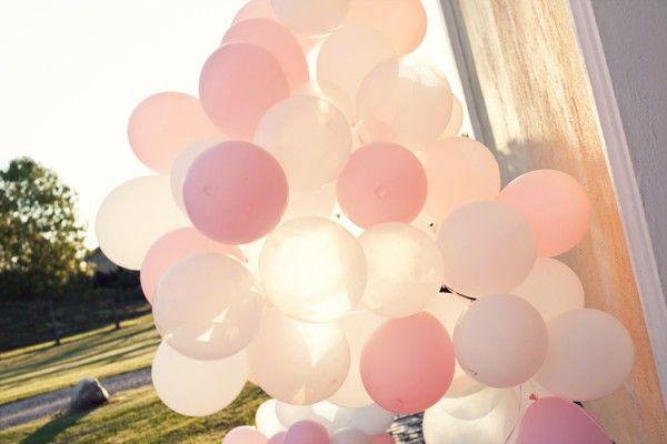 Balloons And A Cute Blush Pink Wedding Por Colores