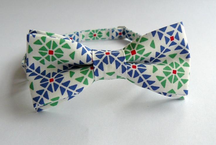 Bartek Design men's bow-tie. €18.50, via Etsy.