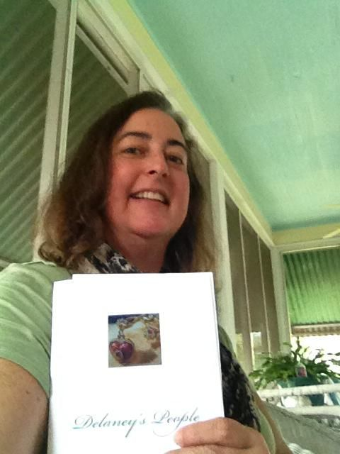 The delightful Susan Kay Flowers with her copy of Delaney's People--Susan has champion cocker spaniels, and I was happy to meet her on my last trip to Florida!
