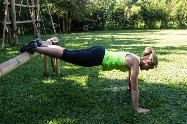 Push ups from a bamboo bar… just a little harder. Technique is so important. Trainer Marni Alexander show us how it's done on an Awaken in Bali Health Retreat.