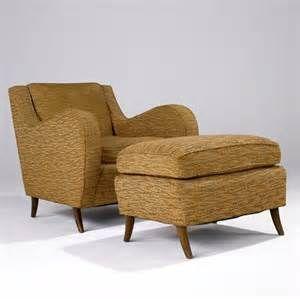 993: HARVEY PROBBER Chair And Ottoman