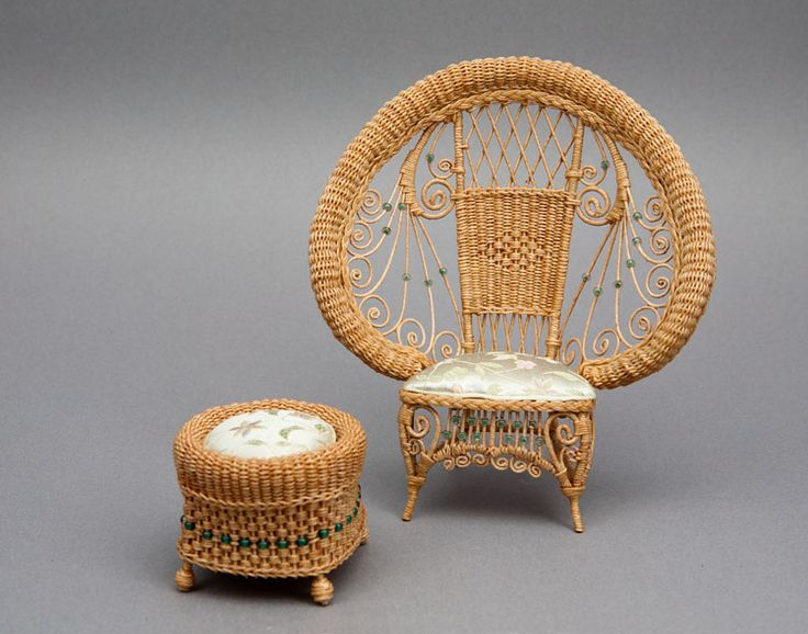 Good Sam Showcase of Miniatures: At the Show - 1890s exotic peacock chair and ottoman.