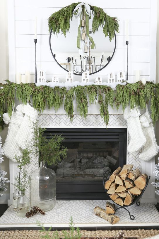 give santa a warm welcome with these christmas mantel decorating rh pinterest com