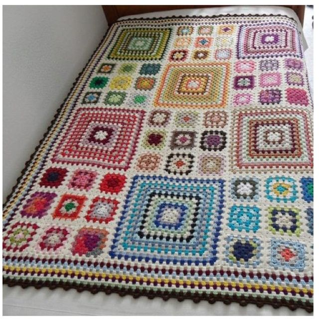 granny+square+crochet+pattern | ... want to make this! Somehow it makes stodgy, old Granny ... | Croch