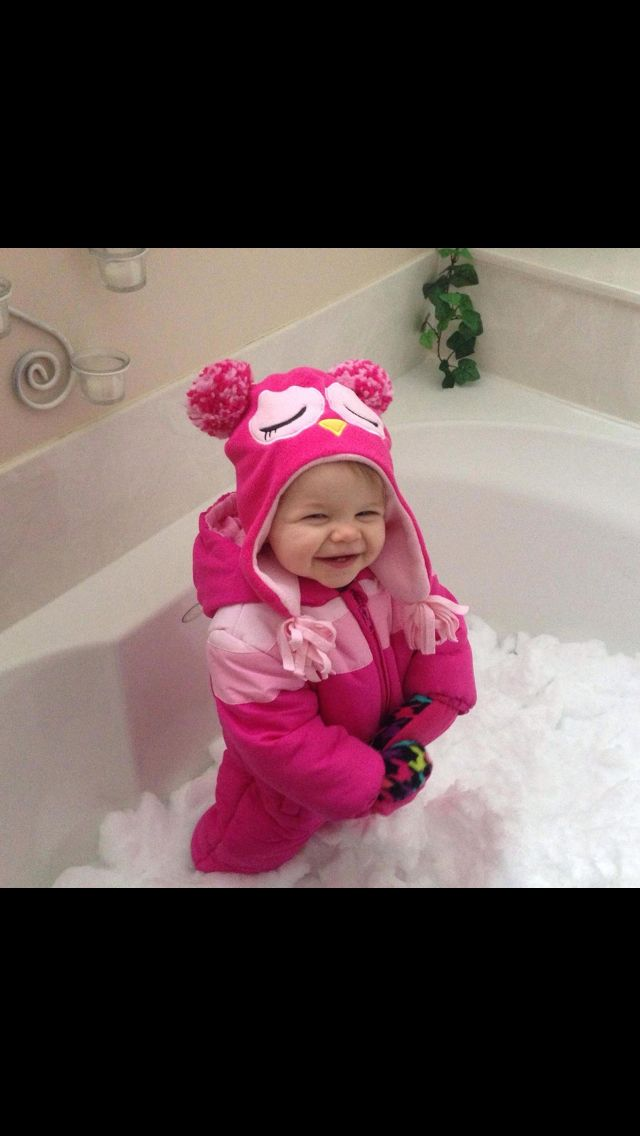 Bring in the snow... When it's too cold to play outside! Fill the bathtub up for your children ;)