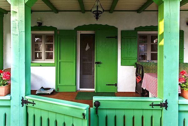 romanian-traditional-house-design-porch-half-doors - domidizajn.jutarnji.hr
