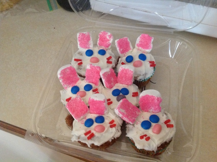 Fun cupcakes to make for Easter!!!  Ingredients include: string licorish, marshmallows, sprinkles, m's, and jelly beans. Try to follow the picture, if you have any questions ask!!!!