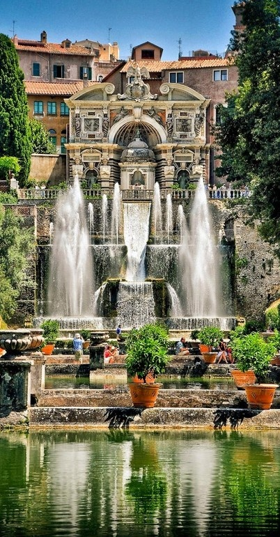 The water organ fountain and fishpond at Villa d'Este in Tivoli, Italy • photo: Peter Allen on Flickr