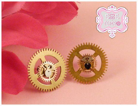 Steampunk earrings with clock's gears by EsseeTempo on Etsy